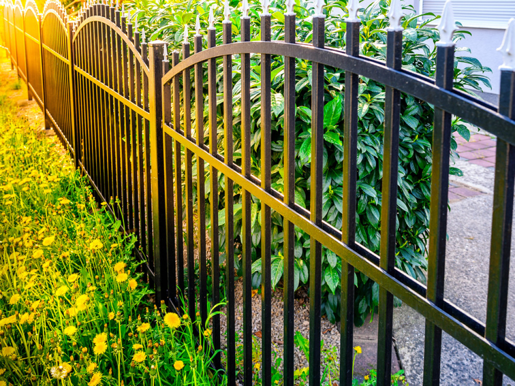 Find out how an aluminum fence installation benefits you